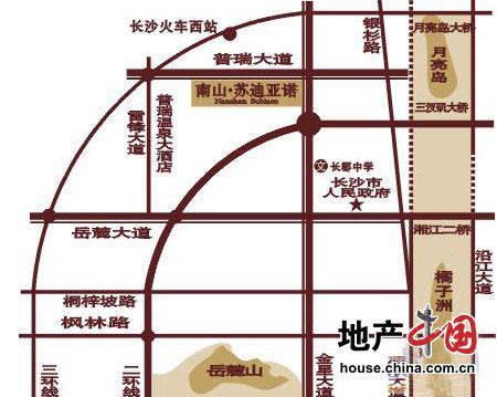 本项目所在区域内融会了山景,湘江江景及月亮岛居住和旅游区三大景观