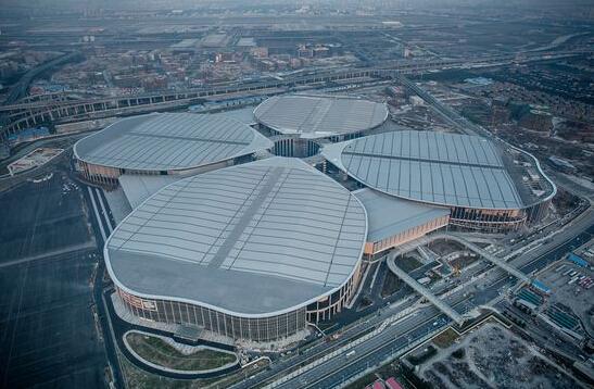 图说:国家会展中心全景.上海现代建筑设计(集团)有限公司图片
