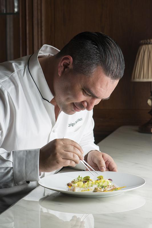成都瑞吉酒店任命Rodrigo Martinez罗德里戈先生为行政总厨-中国网地产