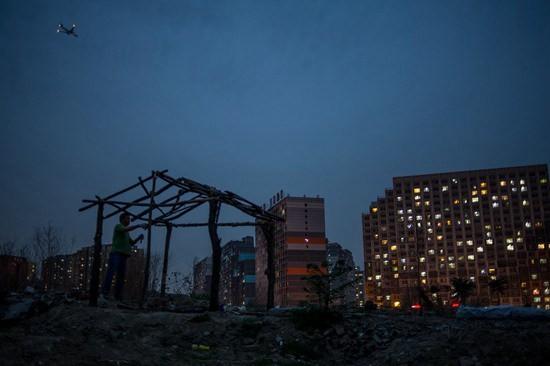 北京租房故事:背负着工作爱情家庭和未来的我们在其中不断迁徙-中国网威尼斯人备用网址