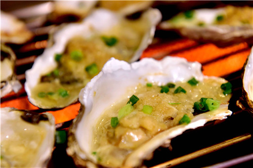 尚雅全日餐吧海鲜自助晚宴豪华升级,饕餮海鲜盛宴加夏日烧烤