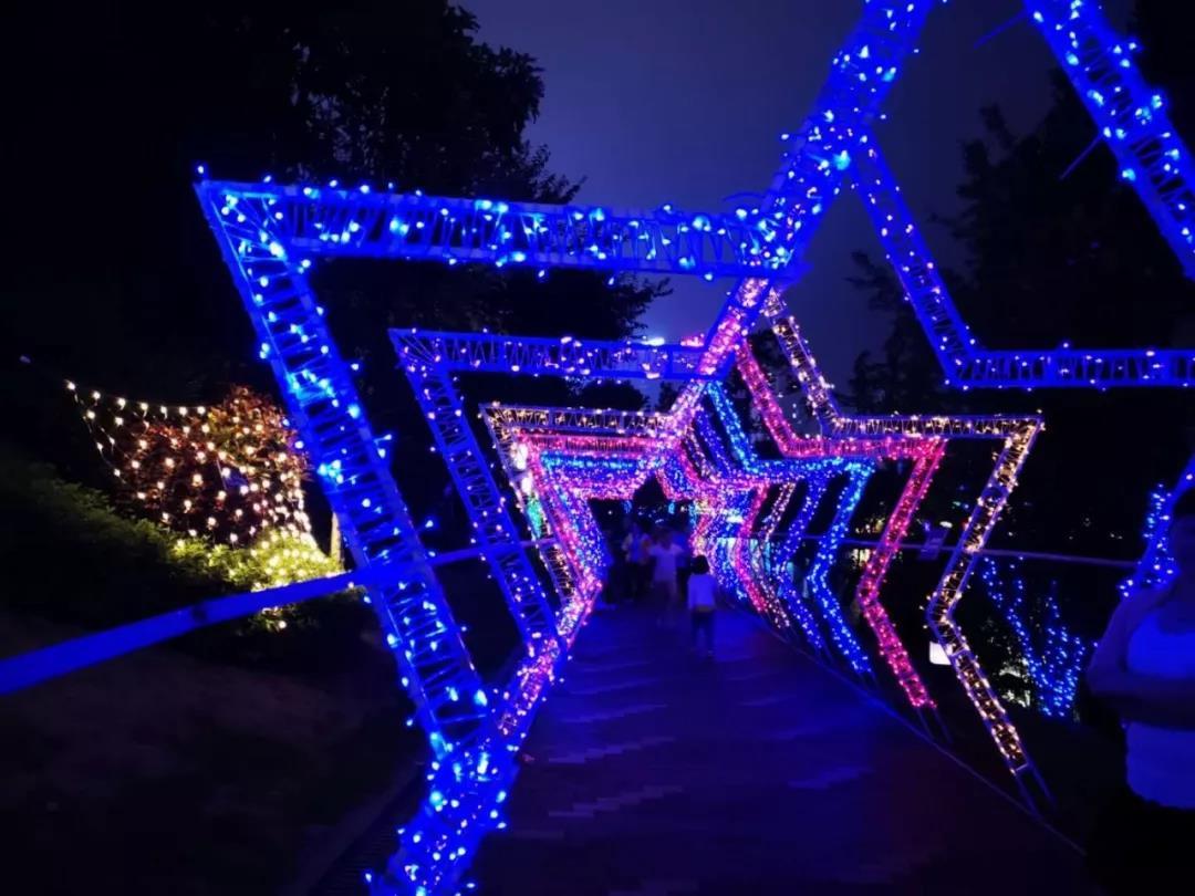 保利·未来城市:百万璀璨灯海 点亮遵义全城-中国网地产