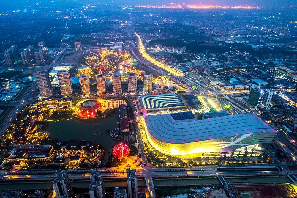 聚焦家庭出游市场 广州融创文旅城满足全龄段家人所有欢乐需求-中国网地产