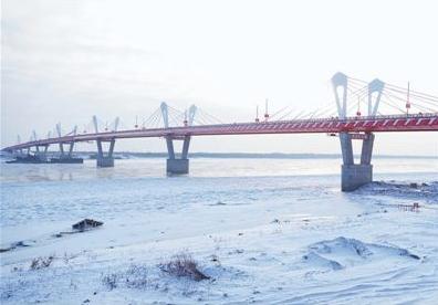 中俄界江黑龙江公路大桥工程完工-中国网地产