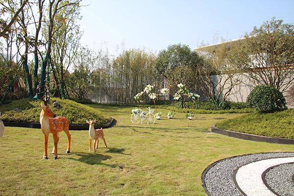 遵义西派府这个楼盘不一样,在雕塑中行走为业主收藏艺术臻品-中国网地产