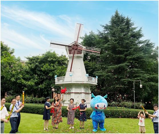 在这个20多年的老小区里 龙湖为何对一架风车充满执念中国网地产