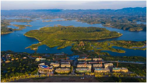 建面单价约2850元/㎡起! 这一湖山旅居大盘到了最佳入手时机中国网地产
