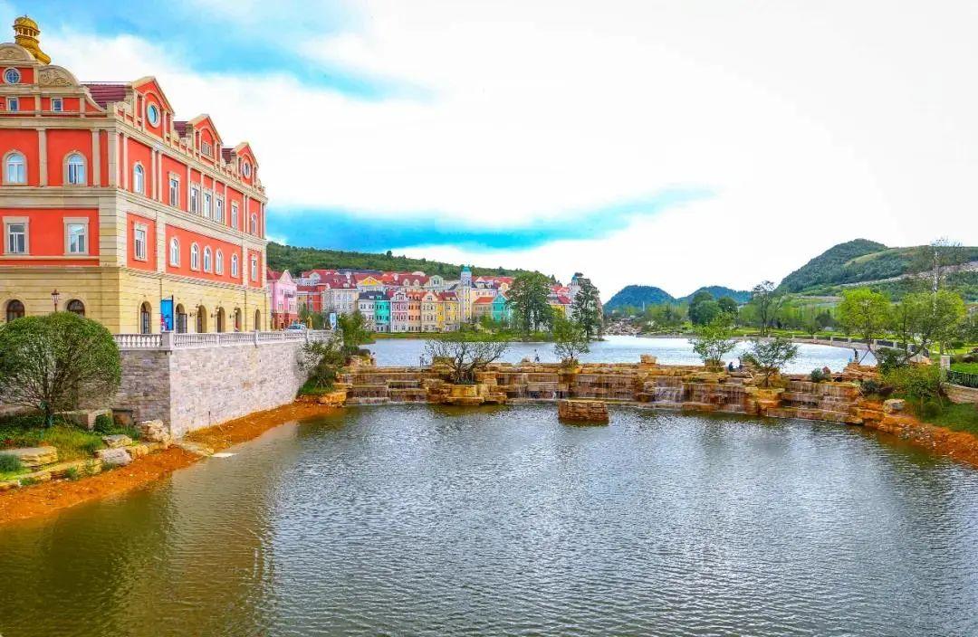 贵阳中交绿城桃源小镇上新一场湖与生活的诗意邂逅_中国网地产